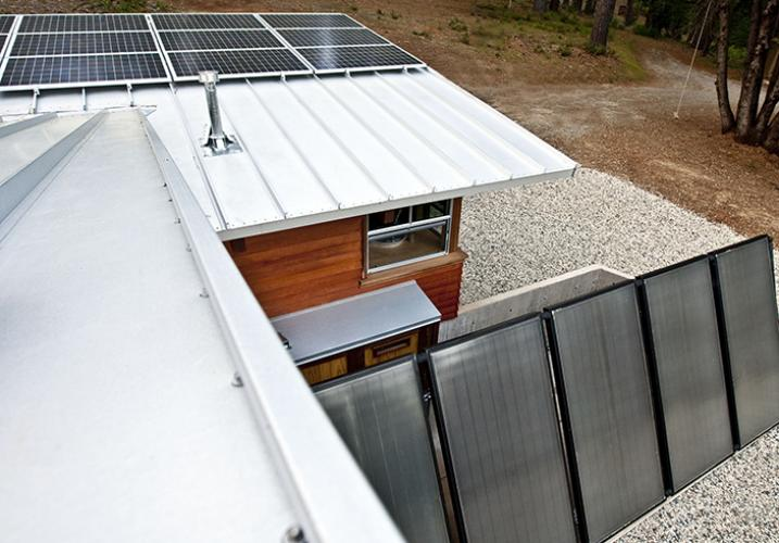 chalk bluff cabin photovoltaic